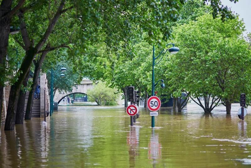 Flood /наводнение/ - или силата на майката природа